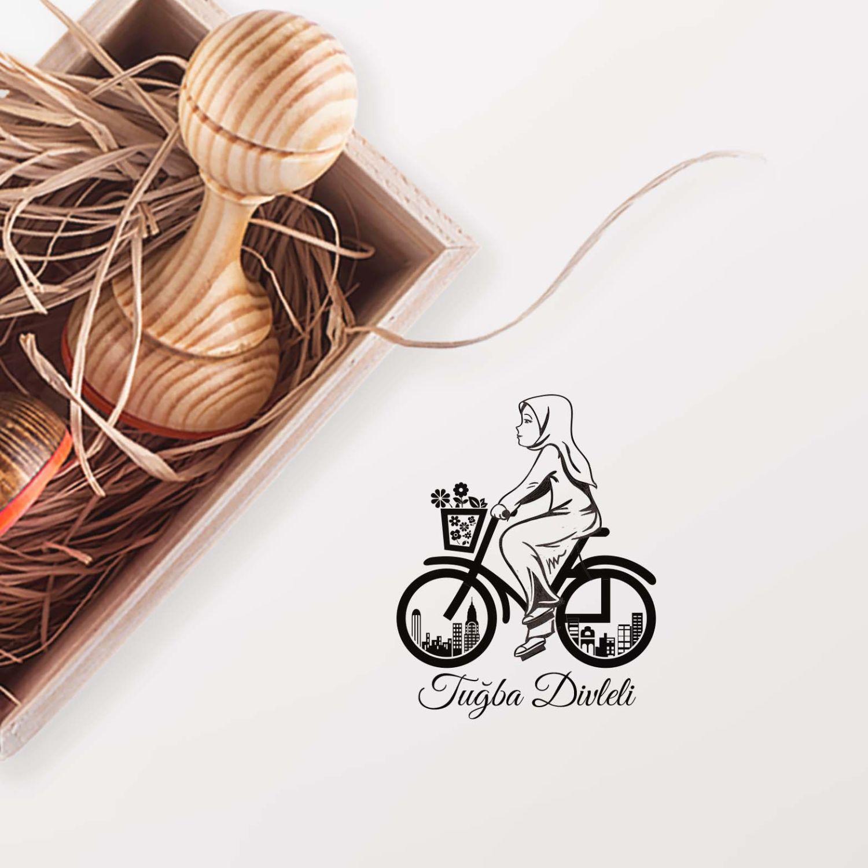 Bisiklet Süren Kız-2 Mührü (KM-0419)