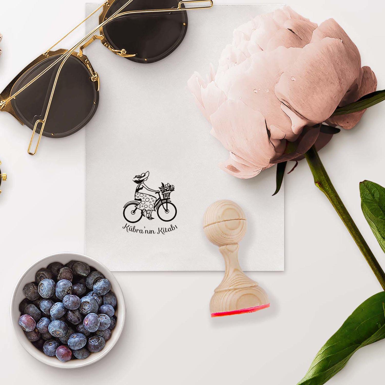 Bisiklet Süren Kız Mührü (KM-0366)