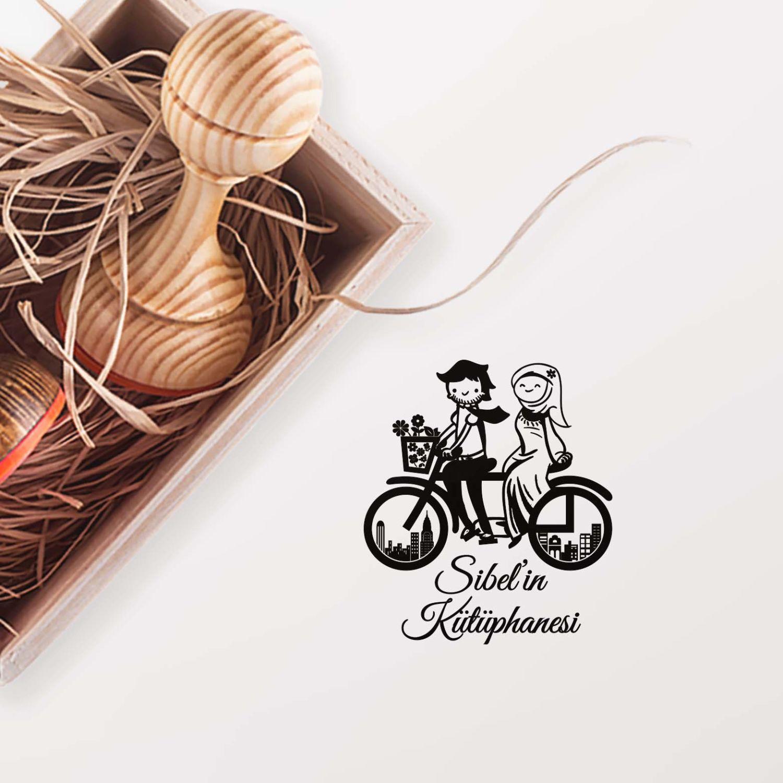 Bisikletle Gezen Çift Mührü (KM-0414)